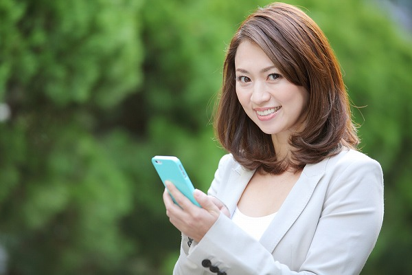 格安SIMと端末をセットで購入する方法