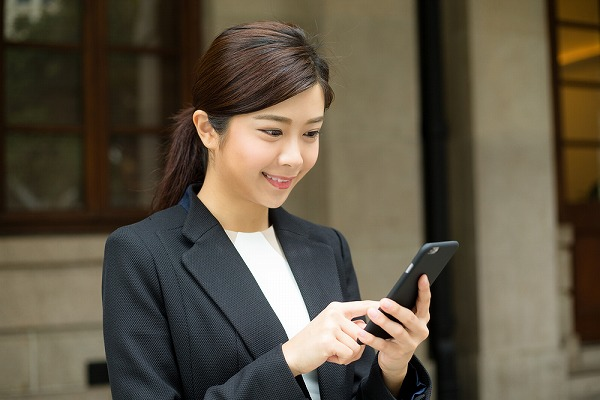 uq mobileの月額利用料金